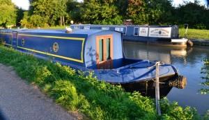 vodní kanál jako v Holandsku ve Stratfordu upn Avon