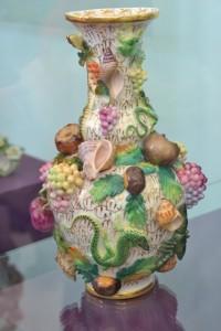 z porcelánky Jacoba Petita ve Fontainebleau