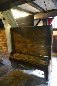 na této lavičce sedával Shakespeare s Anne