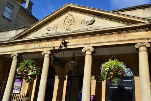 Bath - vstup do historických lázní