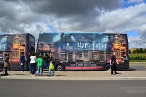 Filmový autobus, kterým jsme přijeli do studií Warner Bros.